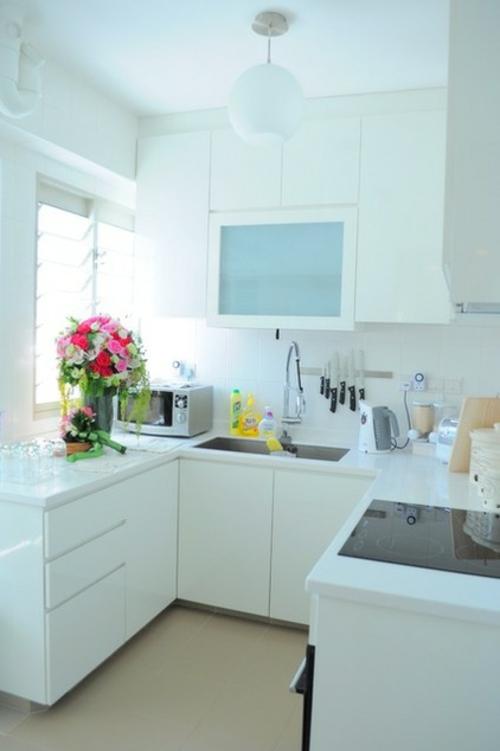 kompakte k chen einrichtungen und designs. Black Bedroom Furniture Sets. Home Design Ideas