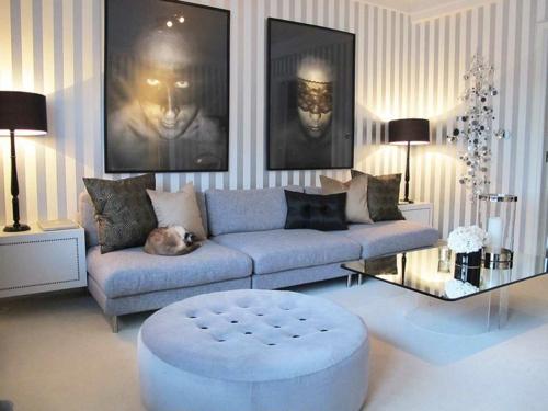 Kunstvolles Cooles Wohnzimmer Einrichten Sofa Blau Sitzkissen Rund Samt