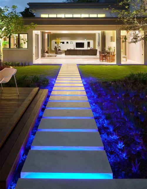LED beleuchtung außentreppen pflaster fußweg blau farbe modern