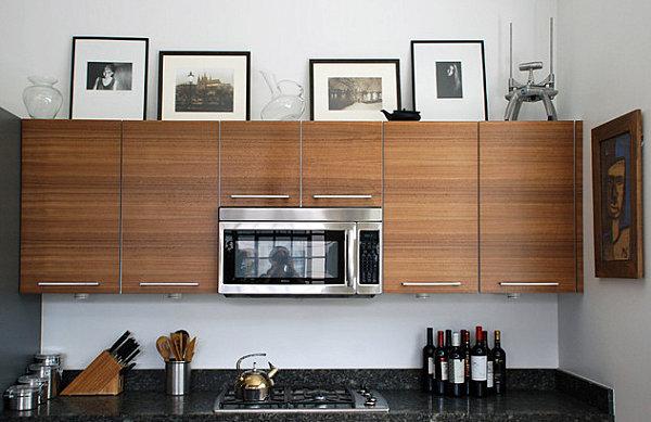 Küchenzubehör als Dekoration oberschränke holz geräte