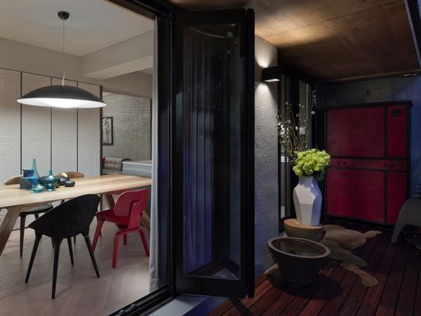 Schönes Apartment mit großartiger Wohnfläche garten glastüren
