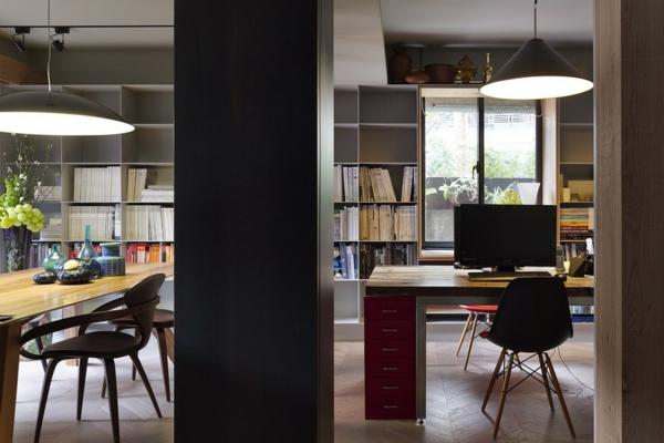 Schönes Apartment mit großartiger Wohnfläche schreibtisch bürofläche