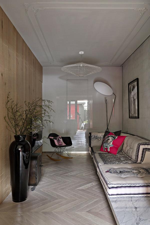 Schönes Apartment mit großartiger Wohnfläche wohnbereich sofas orientalisch