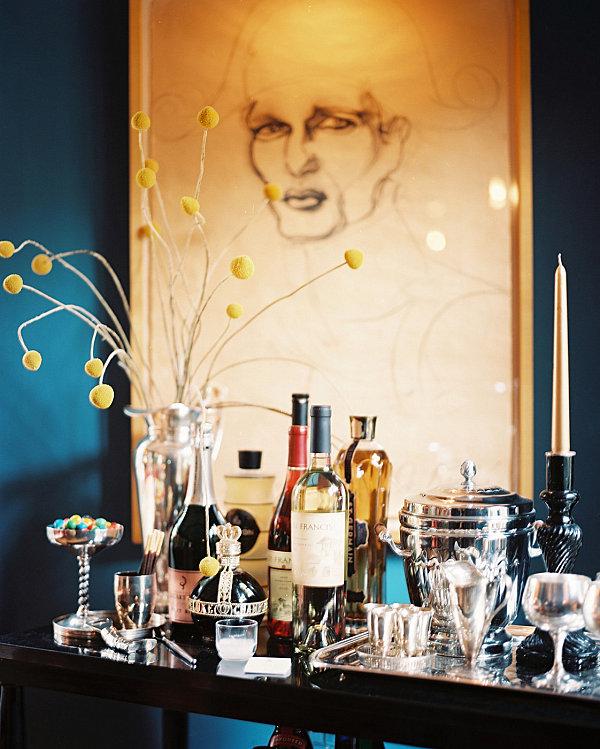 Schicke Hausbar Ideen für Ihr Zuhause bretter servieren likör flaschen