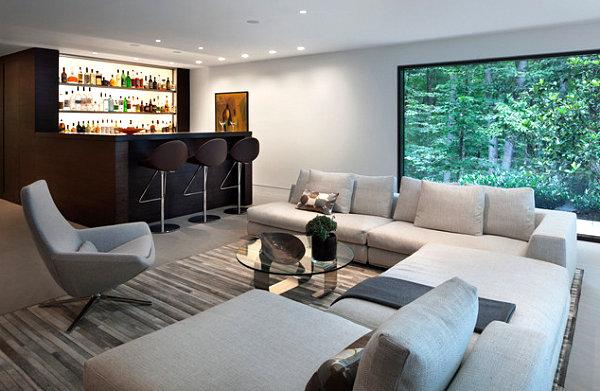 Schicke Hausbar Ideen für Ihr Zuhause sofa grau kissen couchtisch glas