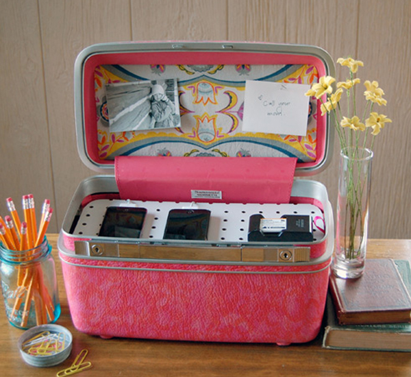 Trendy Möbel aus alten Koffern selber machen rosa details