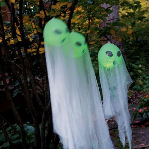 außenbereich deko halloween ideen selber machen DIY aliens