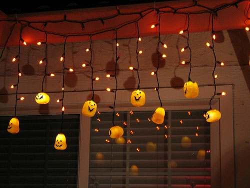 außenbereich deko halloween ideen selber machen DIY lichterketter kürbisse