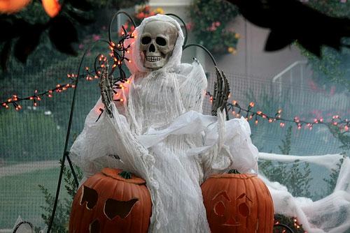 außenbereich deko halloween ideen selber machen DIY erschreckend