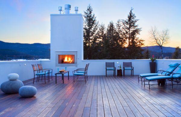 couchtische und stylische dekoration natursteine auf der veranda