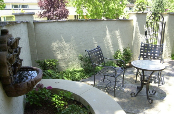 den vorgarten neu gestalten schmiedeeisen stühle und runder tisch