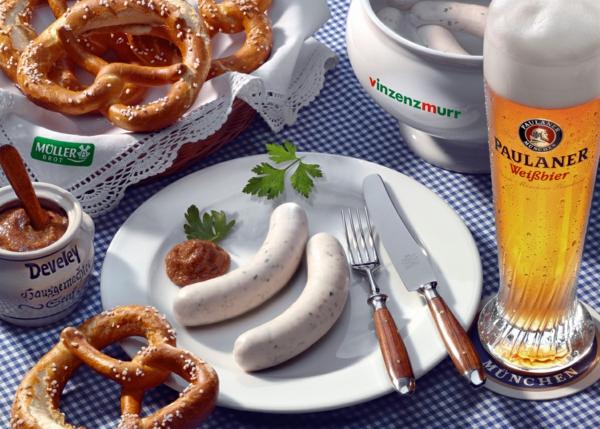 deutschland feiert das oktoberfest weisswurst und brezeln