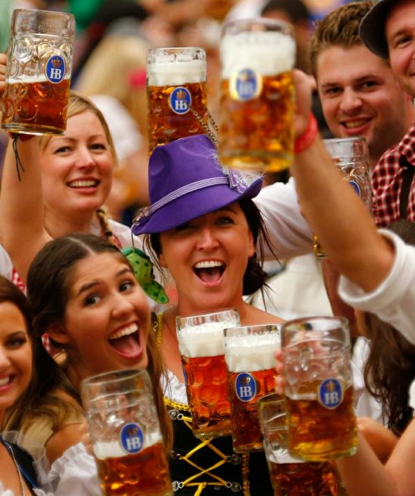 deutschland feiert das oktoberfest zum wohl