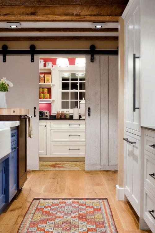 ein flexibles küchen design weiße schiebetür