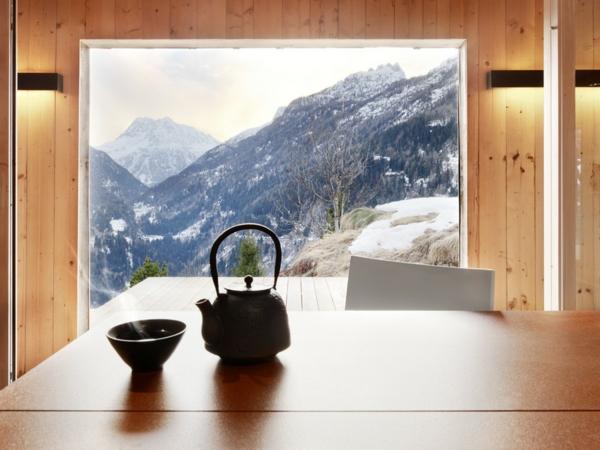 elegante originelle berghütte mit herrlichem blick