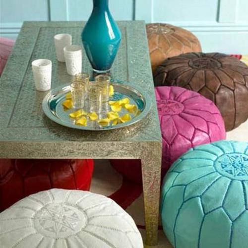 Elegante Farbgestaltung zu Hause feminine poufs sitzkissen
