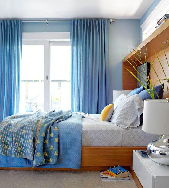 frisch und chic mit blau silberglänzende tischlampe