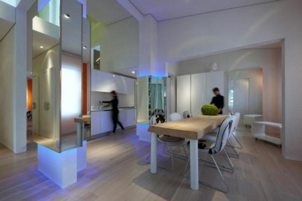 futuristische residenz fellestühle mit metalbeinen