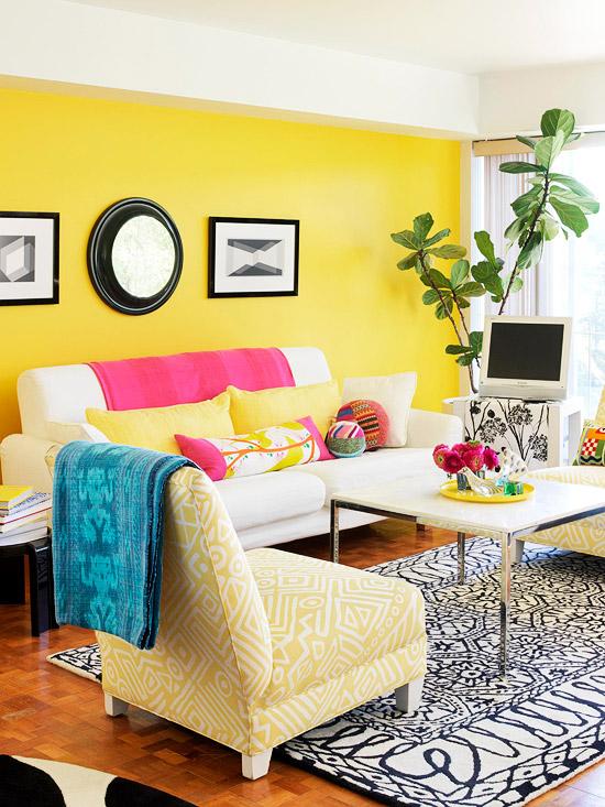 gewagte farbgestaltung für ihr wohnzimmer anregendes zitronengelb leckeres pink