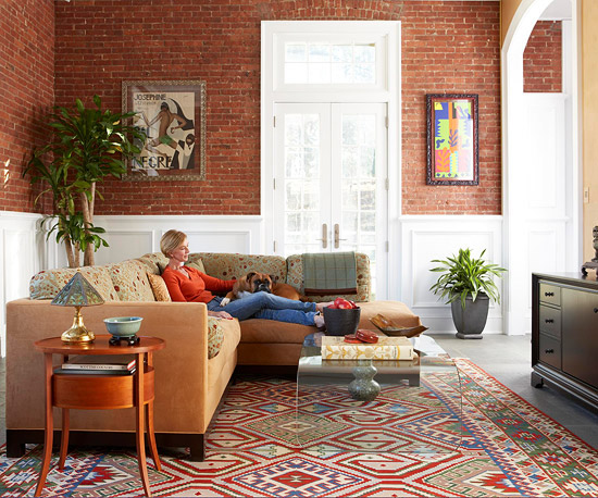 gewagte farbgestaltung für ihr wohnzimmer bunter teppich im ethno stil