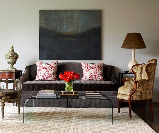 gewagte farbgestaltung für ihr wohnzimmer glas couchtisch antik sessel