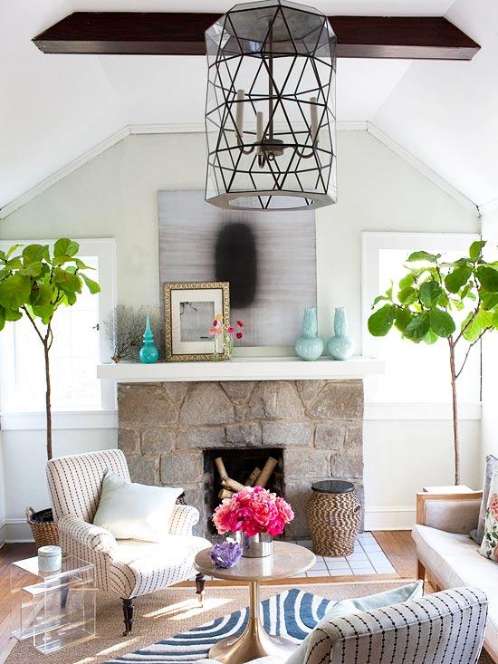 gewagte farbgestaltung für ihr wohnzimmer kerzenkronleuchter