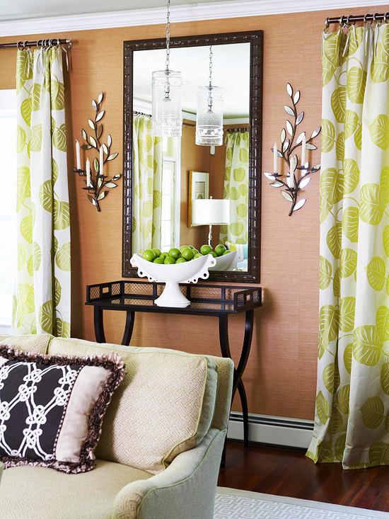 gewagte farbgestaltung für ihr wohnzimmer schmiedeeisen beistelltisch
