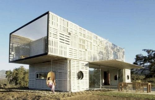 glasfassade modular design holzpaletten idee container überdachung