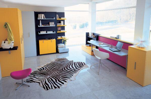 intelligente designs mit klappbett eleganter scheibtisch in pink und grau
