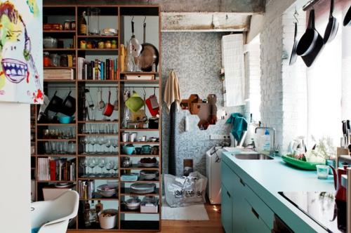 kleine Apartment Designs offene regale küchen schiene spüle