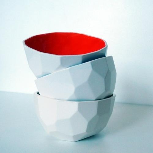 kostengünstige Deko Accessoires wohnideen küche schalen rot weiß dreieckig