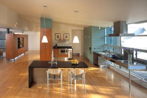 kreative Ideen für Küchenfenster modern design schwarz metall stühle