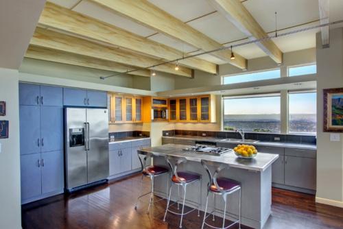 kreative Ideen für Küchenfenster modern traditionell design barhocker lehnen