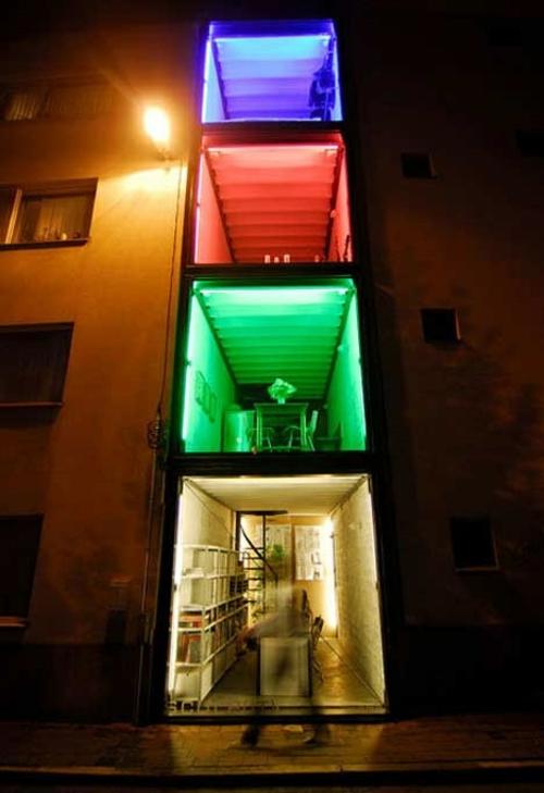 lichtspiel design container haus innovativ urban beleuchtung