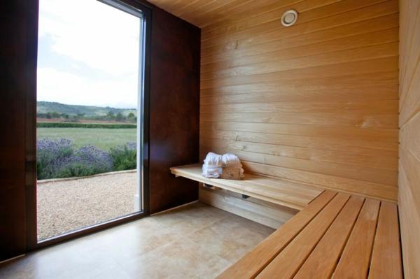 luxus ferienvilla auf mallorca sauna mit täfelung aus hellem holz