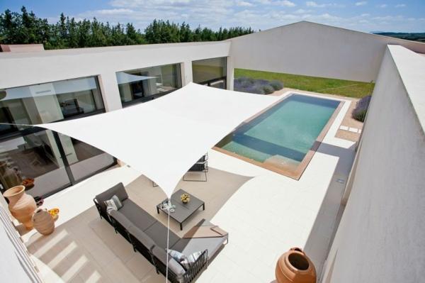 luxus ferienvilla auf mallorca weiße kulisse panorama fenster