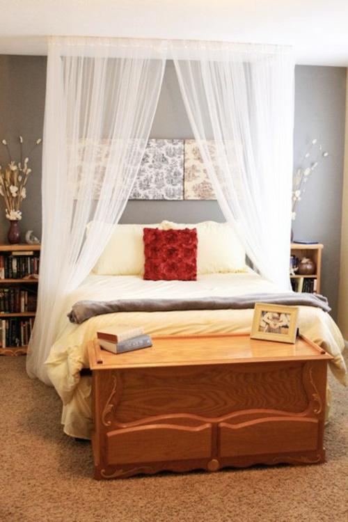 Himmelbett selbst gemacht  33 erstaunliche weiße Himmelbett Designs für Ihr Schlafzimmer