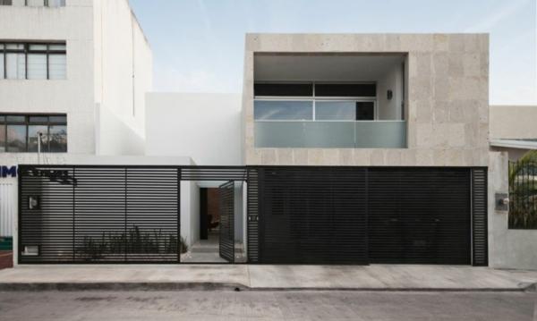 Minimalistisches Haus Mit Industriellem Touch In Can N Mexiko