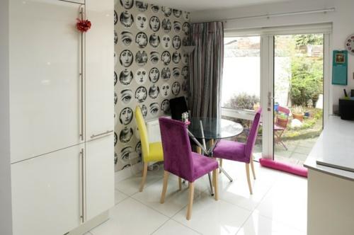 moderne dekoration trends wandkunst magenta und zitronengelbe akzente