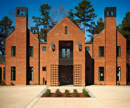 moderne residenz aus backsteinen symmetrisch traditionell