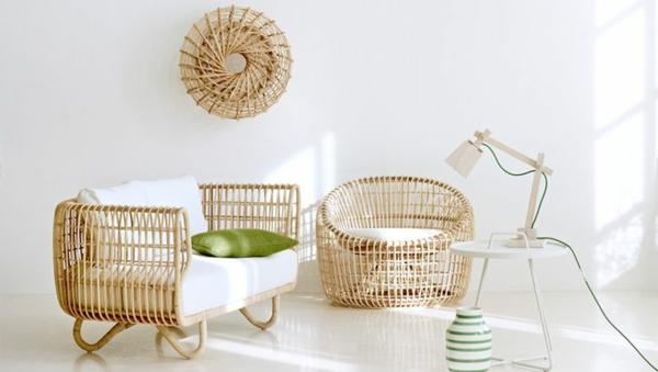 nachhaltige rattan möbel in hellen farbtönen und ovalen formen