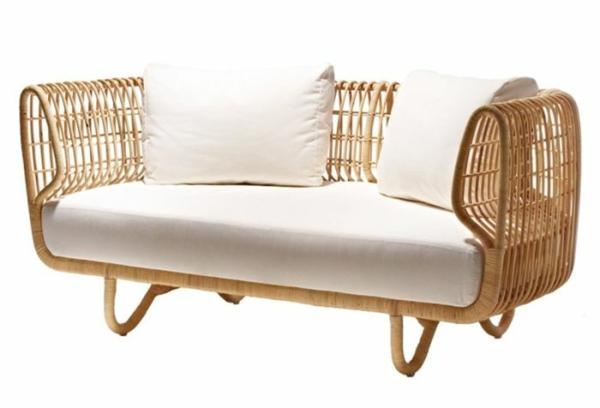 rattan möbel sofa mit polsterung aus weißem leinen