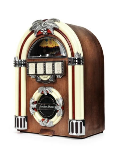 wohnzimmer vintage look:retro-look-im-wohnzimmer-radio-im-exotischen-look.jpg