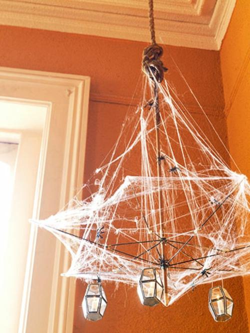 spinne kronleuchter schlicht idee helloween dekoration