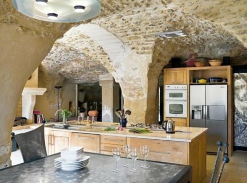 stein gestaltung küche rustikal modern möbelstücke geräte
