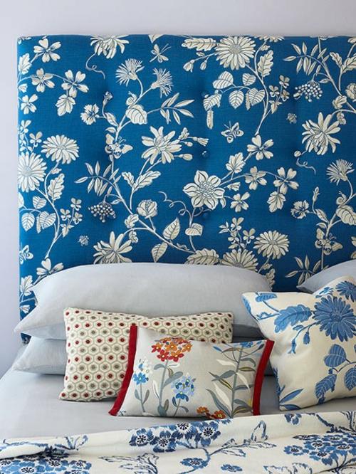 Farben und Trends bei Heimtextilien bezug sofa blumen blau
