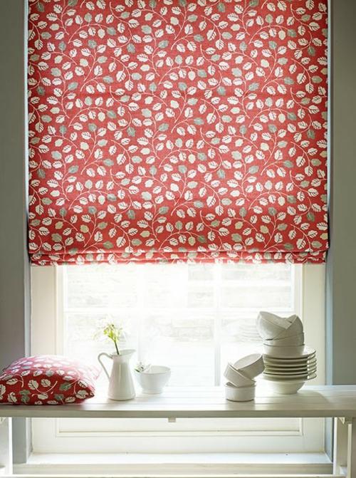 Farben und Trends bei Heimtextilien gardinen rot weiß blumenmuster
