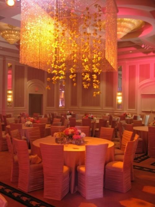 Hochzeitsdekoration selber machen restaurant tischdeko beleuchtungsarten