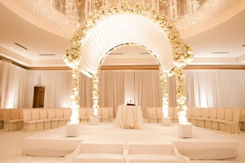 Hochzeitsdekoration selber machen strahlend warm ambiente