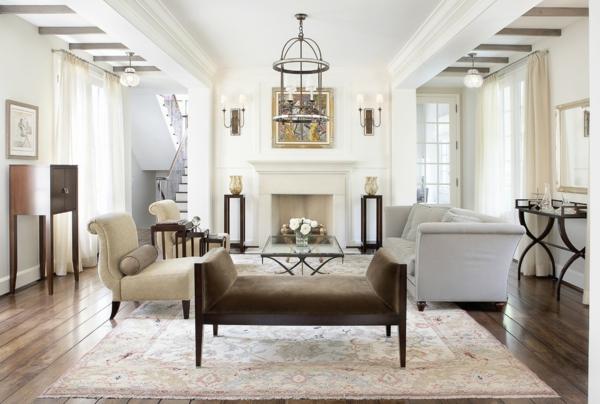 elegantes mobiliar mit samtpolsterung erinnert uns an die klassische designerperiode